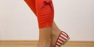 Fertige Leggings mit Seitenraffung