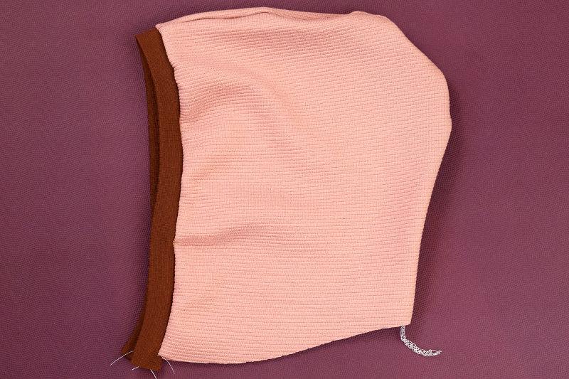 hoodie-naehen-kapuze-verbinden