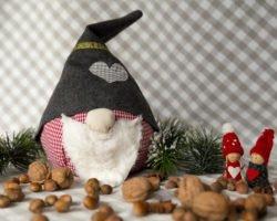 Wichtel nähen: Süße Deko zu Weihnachten