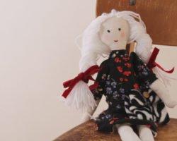 Puppe nähen: Mit einfacher Anleitung putzige Spielgefährtin erstellen