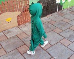 Dinokostüm nähen: Kinderkostüm für Fasching & Co.